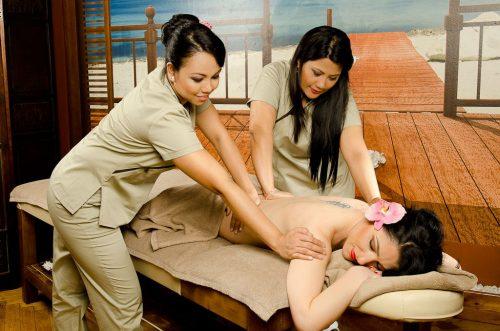 masaj la patru maini-min