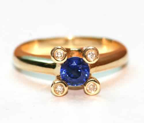 bijuterii pietre pretioase