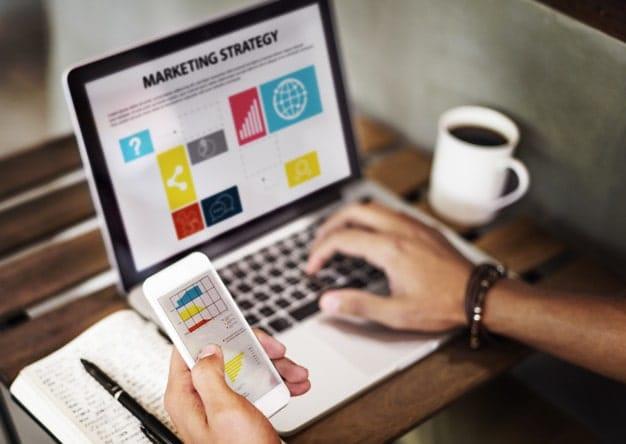 Descoperă succesul online cu parteneri de încredere şi servicii profesionale de creare website şi optimizare SEO